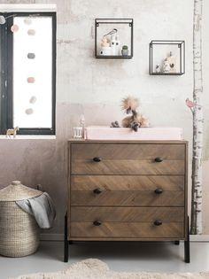 Pick of the week: commode Harper van Coming Kids Baby Bedroom, Nursery Room, Kids Bedroom, Baby Rooms, Safari Room, Boy Dresser, Dresser As Nightstand, Best Changing Table, Sweet Home
