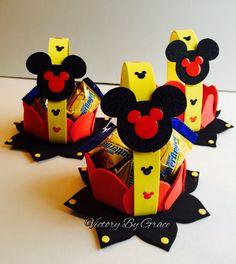 Mickey cumpleaños favores de Goody rojo de por VictoryByGrace