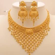 Jewellery Stores Airport West in Jewellery Gold, Jewellery Tools Near Me under Jewelry Stores Near Me That Resize Rings - Gold Necklace Set Kalyan Jewellers Gold Bangles Design, Gold Earrings Designs, Gold Jewellery Design, Necklace Designs, Gold Jewelry Simple, Long Pearl Necklaces, Jewelry Patterns, Bridal Jewelry, Boho Jewelry