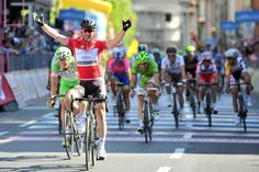 Giro dItalia reaction from 2013 champion Vincenzo Nibali & points jersey winner Mark Cavendish | road.cc | Road cycling news, Bike reviews, Commuting, Leisure riding, Sportives and more