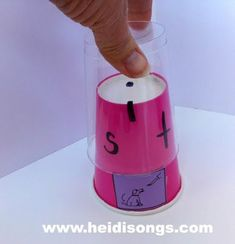 Middle Sound Cups, & How to Teach Kids to Find the Middle Sound of a Word   Heidi Songs