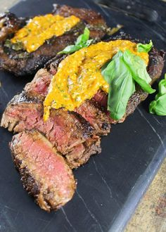 15. Balsamic and Basil Marinated Steak With Roasted Red Pepper Pesto #whole30 #recipes greatist.com/...