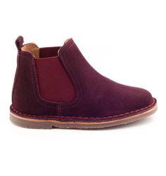 cbc013ef41b09 Les Boni Benoit sont des chaussures enfants en daim marron ou bleu marine… Chaussure  Garcon