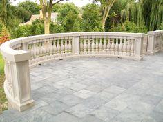 Buy excursive collection of stone railing for garden area, rooftop, and balcony from Stonemart. Courtyard Design, Facade Design, Exterior Design, Outdoor Rooms, Outdoor Living, Steel Railing Design, Front Yard Patio, Patio Railing, Porch Veranda