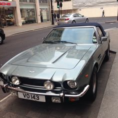 London Bmw, London, Vehicles, Rolling Stock, Vehicle, Tools