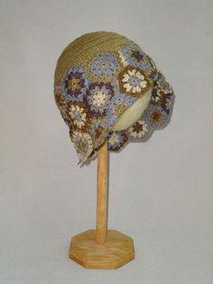 FairTrade Crochet Hat, Women crochet hat, fair trade hat, retro design hat, vintage hat, Womens Crocheted Hat, retro hat, vintage design hat di bhcrafts su Etsy https://www.etsy.com/it/listing/232337338/fairtrade-crochet-hat-women-crochet-hat
