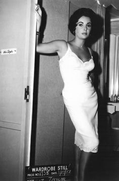 Elizabeth in a wardrobe test shot for Cat on a Hot Tin Roof 1958 | Andrew Garth via Flickr