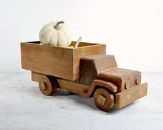 "Vintage Child's Wood Truck / Toy Truck 12.5"" x 5"" x 5"" $19"