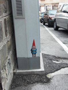 Please recall what we have said about gnomes and gide 'n geek and sometimes the gnomes  are not found. Gen Swen waited long to be found and now stands forever bound to Ice Ghomes Vending Machine, Inc. Gen is sorely missed.