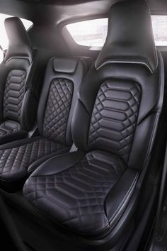 Ford S-MAX Vignale concept unveiled, production version already planned Custom Car Interior, Car Interior Design, Truck Interior, Car Interior Upholstery, Automotive Upholstery, Leather Seat Covers, Leather Car Seats, Ford S Max, New Audi Car