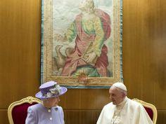 Watykan: szkocka whisky dla papieża od Elżbiety II