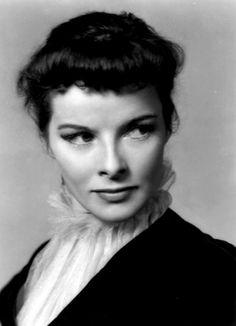 """jwstudio: gran foto de ella ... Feliz cumpleaños, Katharine Hepburn - (12 mayo 1907 a 29 junio 2003) """"Si obedeces todas las reglas, se perderá toda la diversión."""""""