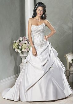Attractive Ball-Gown Sweetheart Chapel Train Satin Wedding Dress with Embroidery Beadwork