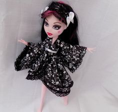 Black and white blossoms japanese kimono dress and by DollsThell