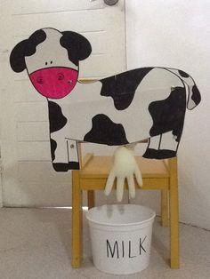 Milking the cow- farm unit – Nutztiere Farm Animals Preschool, Farm Animal Crafts, Farm Crafts, Toddler Learning Activities, Animal Activities, Preschool Learning Activities, Milk The Cow, Farm Day, Farm Unit