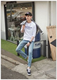 awesome All Korean Fashion items up to 70% OFF! GERIO - 3/4-Sleeve Lettering T-Shirt #ko... by http://www.newfashiontrends.pw/korean-fashion-men/all-korean-fashion-items-up-to-70-off-gerio-34-sleeve-lettering-t-shirt-ko/