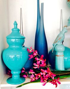 Opções em azul turquesa. Tendência na Kumbuca