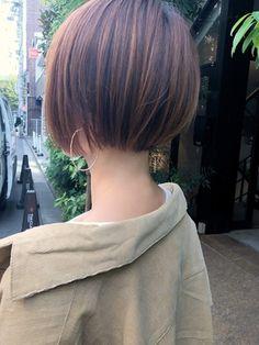 Girl Short Hair, Short Hair Cuts, Medium Hair Styles, Curly Hair Styles, Bob Hair Color, Korean Short Hair, Short Bob Haircuts, Asian Hair, Crazy Hair