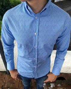 Camisa Slim Fit   Moon   Rain por Tiendas Platino. Vestimentas cfd0c7d1c5b