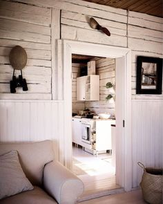An Idyllic Finnish Summer Cabin on the Water's Edge Summer Cabins, Timber Cabin, Cabins And Cottages, Cozy Cabin, Scandinavian Home, Home Kitchens, Home And Family, Contemporary, Interior Design