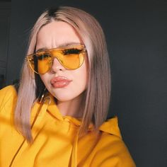 accessorise shared by Just trendy girls on We Heart It Cute Sunglasses, Sunglasses Women, Sunnies, Stylish Outfits, Cute Outfits, Look Fashion, Fashion Outfits, Indie Fashion, 90s Fashion