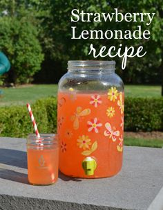 Strawberry Lemonade Recipe - using fresh fruit! Your kids will love this yummy summer drink (and you will, too!)