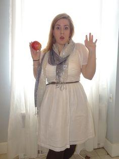 Hands up Snow White! #white #dress #apple #princess #sparkles #reallifeprincess #plussize #fat