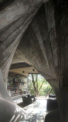 "Good idea for a reading room in the ""basement"". --Tea House in Shanghai"