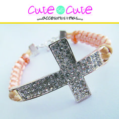 Pulsera de cruz con piedritas incrustadas, un accesorio que te ofrece #CuteSoCute pide la tuya!!!