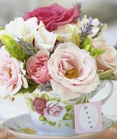 Tea party center piece arrangement