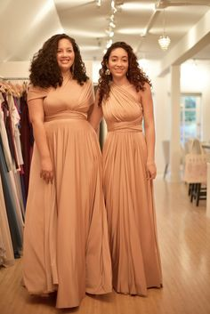brides maid dresses plus size Bridesmaid Tips Bridesmaid Tips, Grey Bridesmaids, Bridesmaid Dresses Plus Size, Plus Size Dresses, Wedding Dresses, Maxi Dresses, Maid Of Honour Dresses, Infinity Dress, Girl With Curves