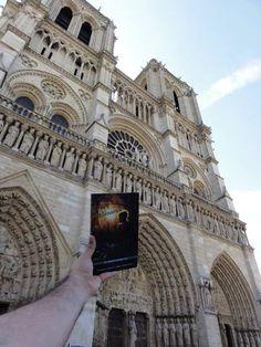 Dankzij Suzanne en Saulo: de bundel op bezoek in Parijs! Hoofdstuk 6, de Notre Dame