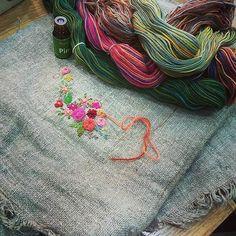 #Embroidery#stitch#needlework#wool gradation #프랑스자수#일산프랑스자수#자수#자수타그램#울실 #예쁜  울 그라데이션 ~~