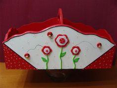 mdf Cake Structure, Paper Quilling, Clay Ideas, Gum Paste, Paper Art, Fondant, Boxes, Canning, Bottle