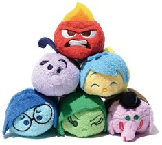 Inside Out TSUM TSUMs! I die Toy Story Plush, Toy Story 3, Tsum Tsum Sets, Disney Tsum Tsum, Disney Stuffed Animals, Cute Stuffed Animals, Plush Dolls, Doll Toys, Inside Out Toys