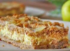 Flour-free quark and apple slices Top-Rezepte.de - Apple slices are a classic that everyone knows. Pancake Healthy, Vegan Pancake Recipes, Best Pancake Recipe, Healthy Cake, Healthy Desserts, Homemade Pancakes, Pancakes Easy, Low Carb Recipes, Cooking Recipes