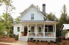 Inspired Design: White Farmhouses
