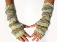 Knitted fingerless gloves mittens arm warmers beige by Mriya