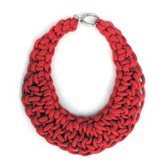 Knot Bib Red, 89€, now featured on Fab.