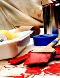 How to Remove House Paint From Clothing