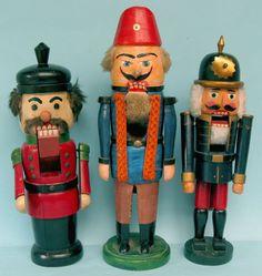 Antique Christmas Ornaments Wooden Pyramids Nutcrackers Nussknacker Räuchermänner smokers