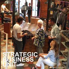 SBU is open on SUNDAY. www.sbu.it Strategic Business Unit, Sunday, The Unit, Couple Photos, Couples, Couple Shots, Domingo, Couple Photography, Couple
