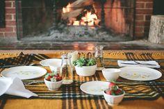 5 Last-Minute-Terminvorschläge. Romantic Picnics, Romantic Night, Romantic Dinners, Indoor Picnic Date, Summer Picnic, Dinner And A Movie, Date Dinner, Winter Date Ideas, Side Dishes For Salmon