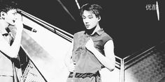 EXO Tao's bw reaction to Jongin's sexy dance XD that is totally my reaction #kai