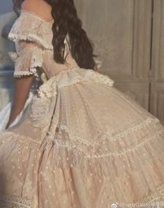 Discover recipes, home ideas, style inspiration and other ideas to try. Women's Dresses, Ball Dresses, Pretty Dresses, Vintage Dresses, Beautiful Dresses, Ball Gowns, Wedding Dresses, Victorian Style Dresses, Victorian Fashion