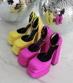 Versace Heels, Platform, Head Over Heels, Fast Fashion, Couture Fashion, Beyonce, Shoes, High Heels, Design
