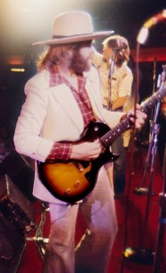 Carl Wilson, Dennis Wilson, The Beach Boys, Best Vibrators, Cream, Concert, Style, Ox, Creme Caramel