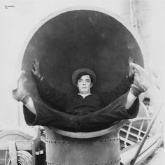 "Buster Keaton in ""The Navigator"" (1924)"