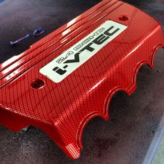 Hydrographic dipped Red Carbon Fiber Honda Intake Manifold Cover By Voyles Performance