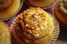 Kookostoscapulla - Resepti   Kotikokki.net Muffin, Food And Drink, Baking, Breakfast, Morning Coffee, Bakken, Muffins, Cupcakes, Backen